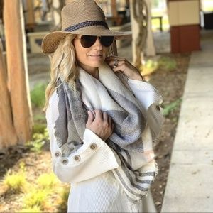 LAST ONEGrey, Blush, and ivory plaid blanket scarf